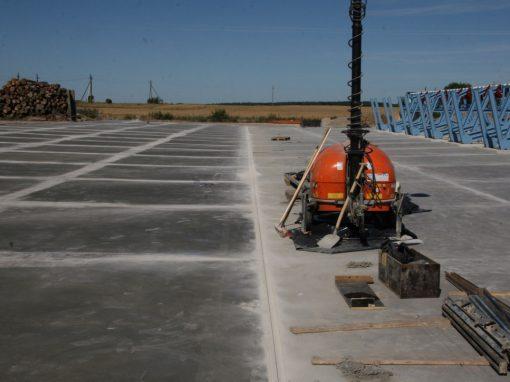 Industrinės paskirties lauko betono aikštelės paviršiaus apsauga nuo agresyvios aplinkos poveikio