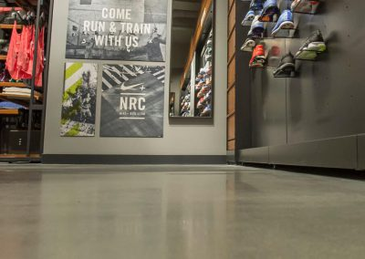 Savaime išsilyginanti danga TRU Self-leveling ir skystas betono paviršiaus kietiklis SINAK Densifier™