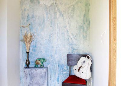 Gyvenamų patalpų sienų dekoravimas plonasluoksne, greitai kietėjančia, dekoratyvine danga