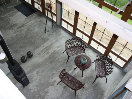 Apartamentų komplekso betoninių grindų apsauga nuo dėmių