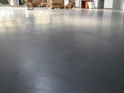 Gamybinių patalpų grindų betonavimas ir tinkama kietėjančio betono priežiūra
