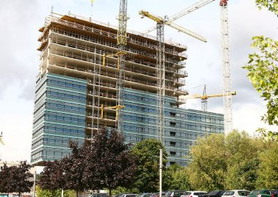 Kietėjančio betono priežiūra su SINAK S-102™, betono sukietinimas su SINAK HLQ-125™