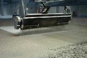 mineraliniai-betono-pavirsiaus-kietikliai-pabarstai